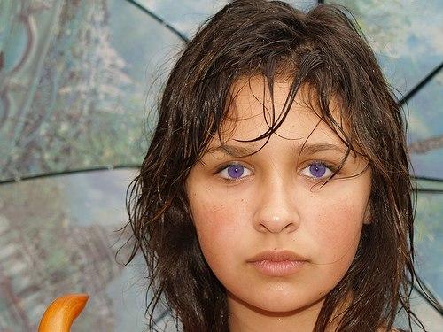 небольшом пространстве фиолетовые глаза у людей реальные фото какими компонентами необходимо